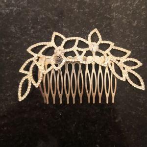 David's Bridal Rhinestone Flower clip